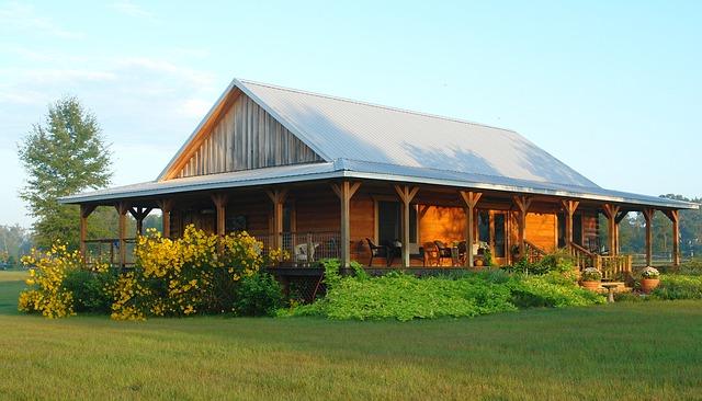 Czym obić stary drewniany dom?