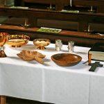 Pełny zestaw naczyń liturgicznych - z czego się składa i ile kosztuje?