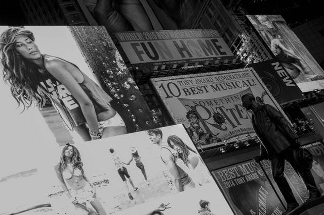 Reklama zewnętrzna (outdoorowa): charakterystyka oraz jej rodzaje