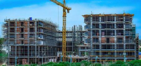 Perspektywy pracy w branży budowlanej. Co zmieniło przez ostatnie lata?