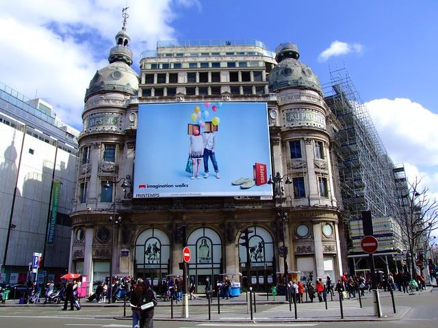 Baner reklamowy - jak go przygotować aby przyciągał uwagę? Poradnik