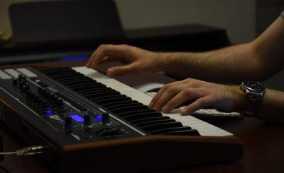 Nauka gry na keyboardzie Łódź - jak znaleźć nauczyciela?